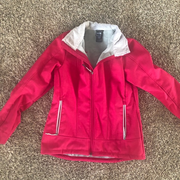 679f43915 Authentic NorthFace Chromium Thermal Jacket Women